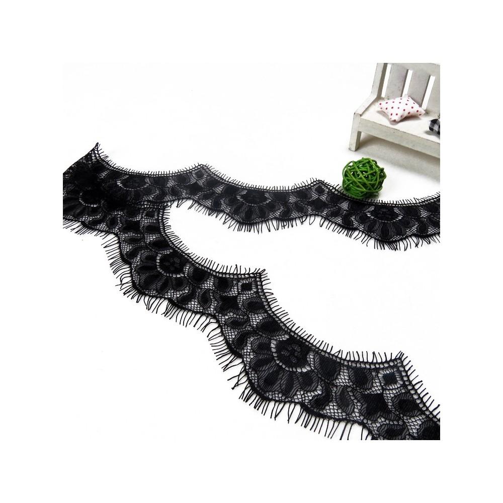Aksamitka brokatowa złota tasiemka TA40277 15mm długość 30 yrd